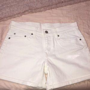 New Levi's white shorts
